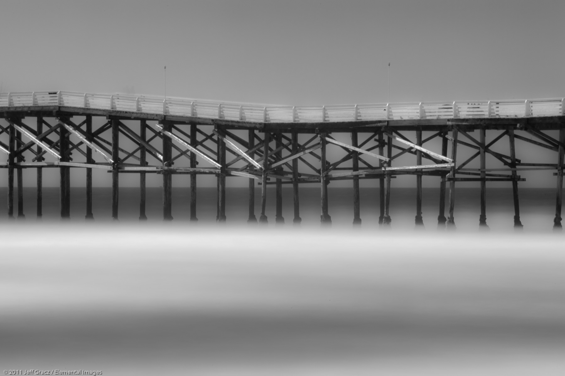 Pier and Surf | San Diego | CA | USA - © © 2011 Jeff Gracz / Elemental Images - All Rights Reserved Worldwide