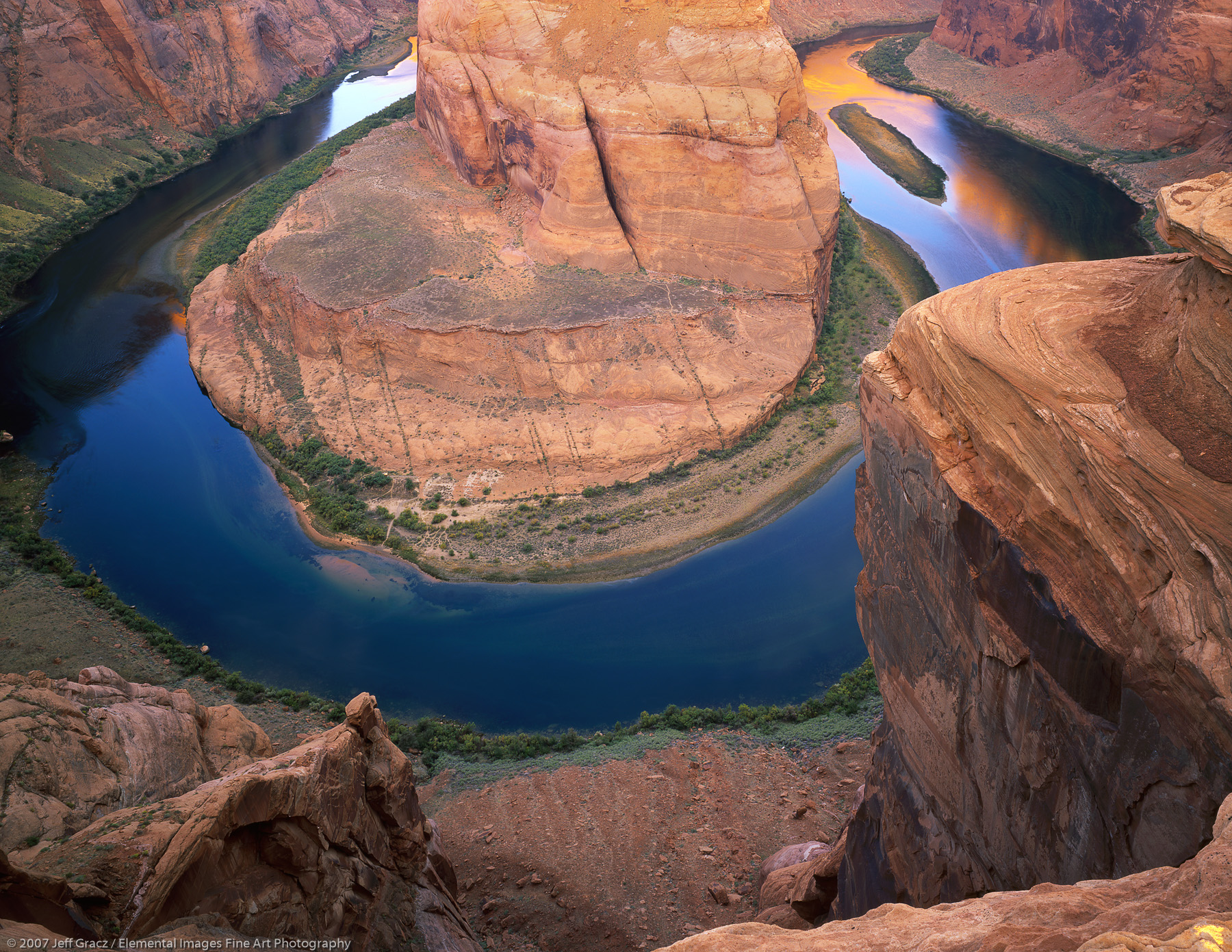View from Horseshoe Bend Overlook | Page | AZ | USA - © © 2007 Jeff Gracz / Elemental Images Fine Art Photography - All Rights Reserved Worldwide