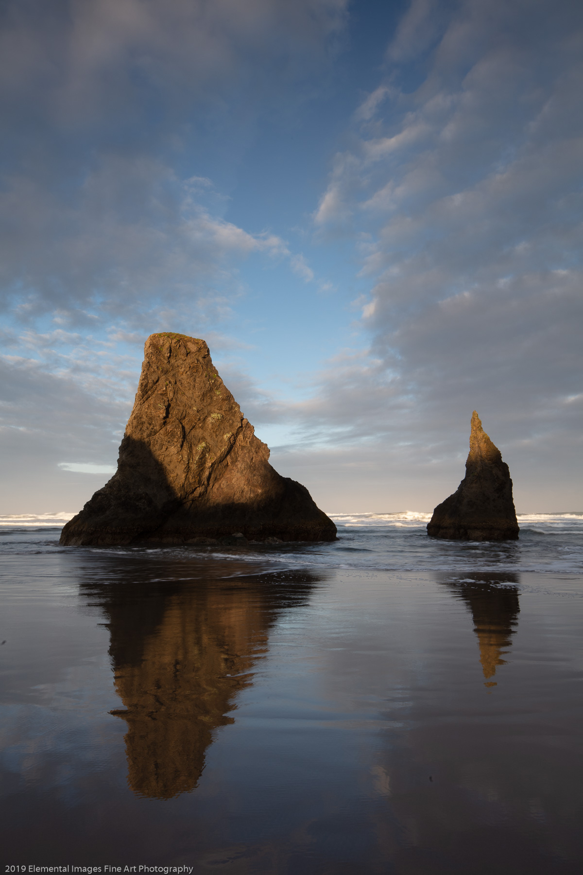 Stack at Dawn | Bandon | OR | USA - © 2019 Elemental Images Fine Art Photography - All Rights Reserved Worldwide