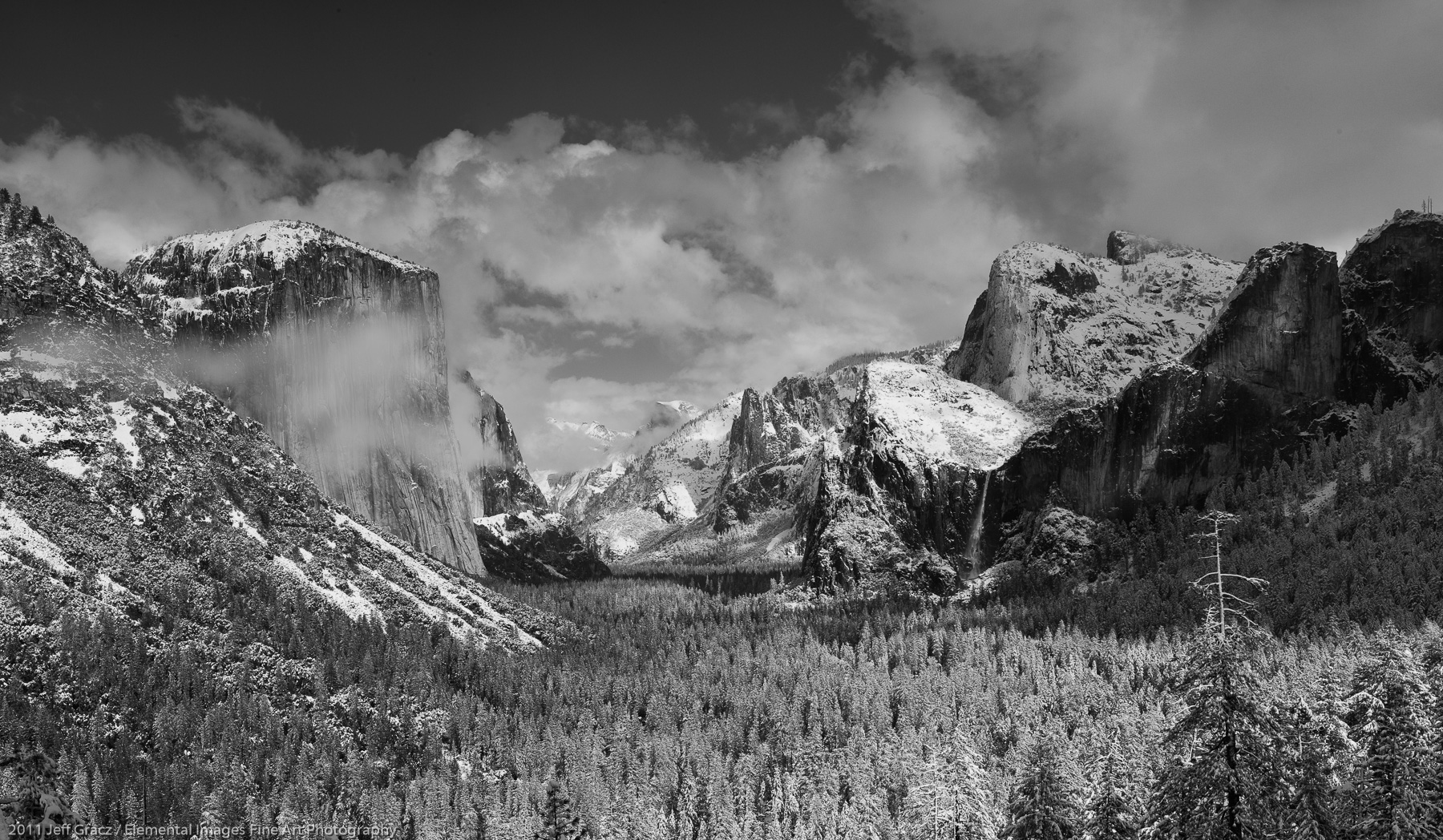 Yosemite Valley with Clearing Storm | Yosemite National Park | CA | USA - © 2011 Jeff Gracz / Elemental Images Fine Art Photography - All Rights Reserved Worldwide