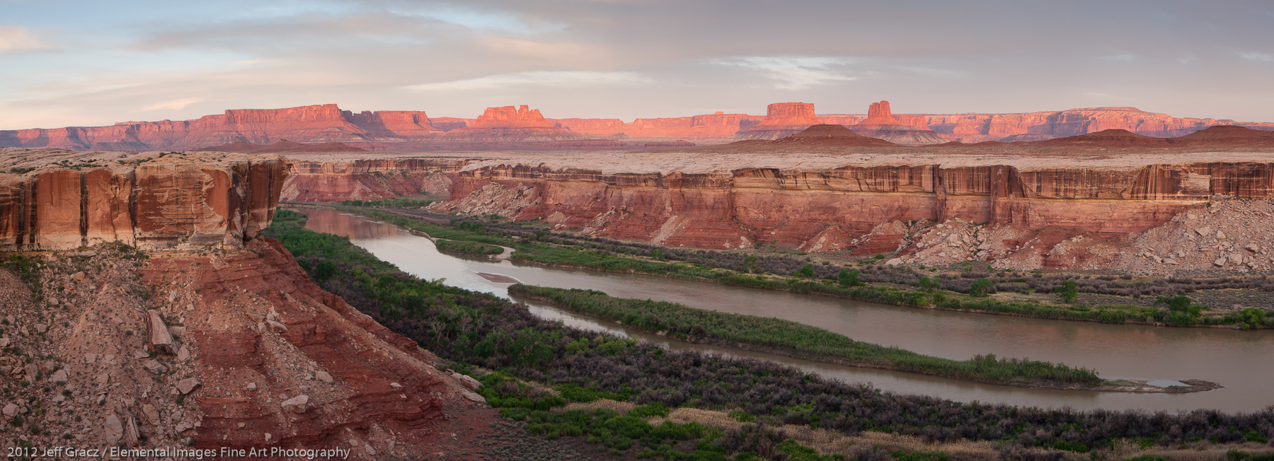 The Green River Through Canyonlands | Canyonlands National Park | UT | USA - © 2012 Jeff Gracz / Elemental Images Fine Art Photography - All Rights Reserved Worldwide