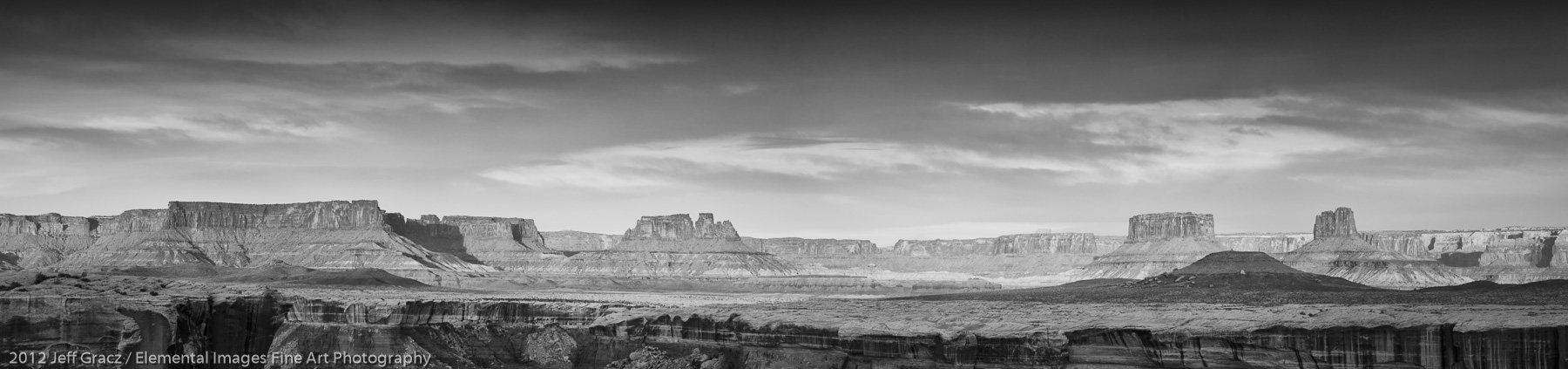 Distant Buttes | Canyonlands National Park | UT | USA - © 2012 Jeff Gracz / Elemental Images Fine Art Photography - All Rights Reserved Worldwide