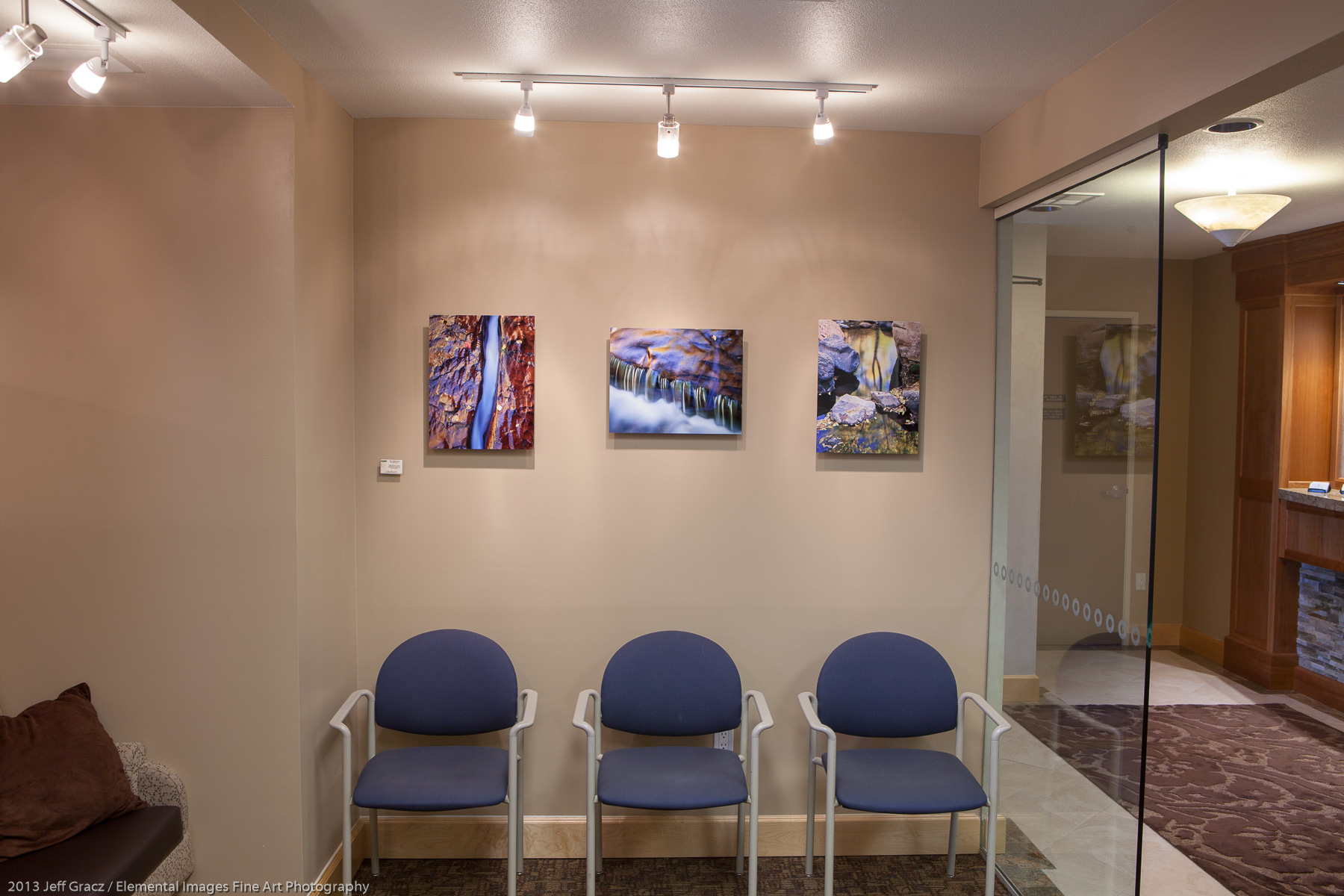 Doctor's office example | Portland | OR | USA - © 2013 Jeff Gracz / Elemental Images Fine Art Photography - All Rights Reserved Worldwide