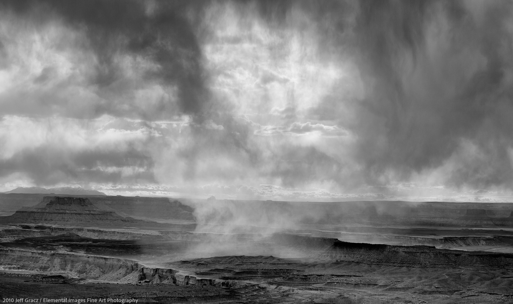Snow Shower over Canyonlands | Canyonlands National Park | UT | USA - © 2010 Jeff Gracz / Elemental Images Fine Art Photography - All Rights Reserved Worldwide